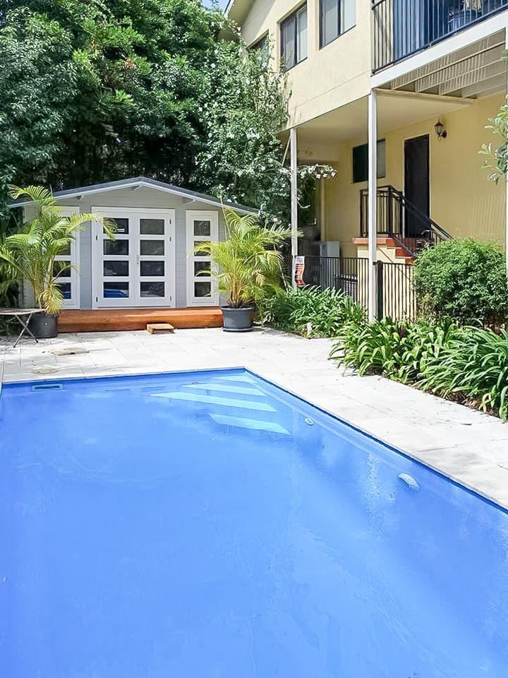 Backyard cabin Crete as pool housee, Central Coast