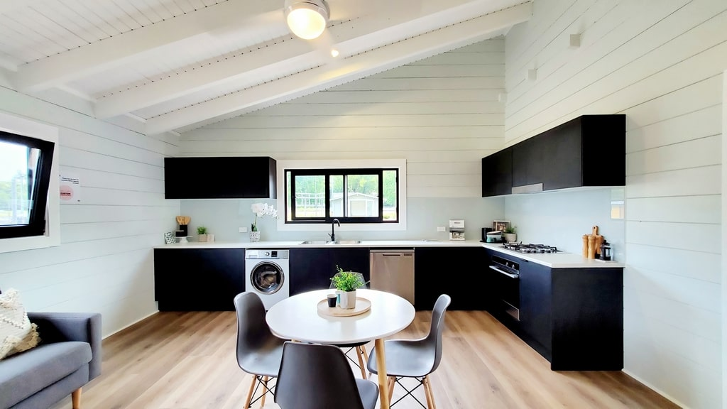 Kitchen dining Iceland Display Village Ourimbah 2020