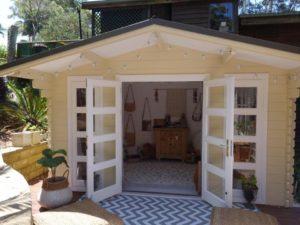 Backyard cabin Crete, Avoca Beach