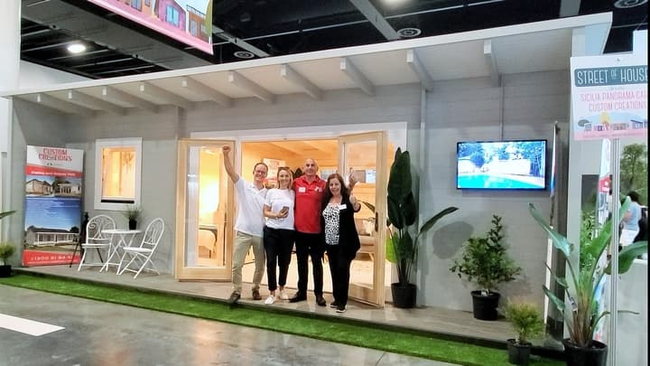 Team at Sicilia Panorama 30, HIA Home Show