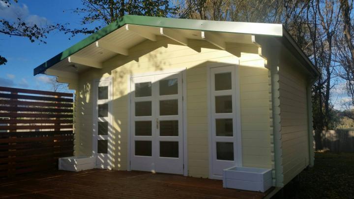 Twin Corsica Backyard Cabin deck