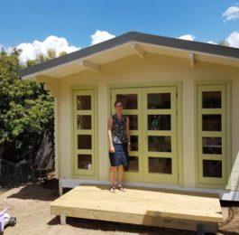Backyard cabin Crete as sewing room