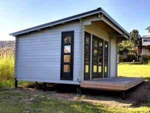 Backyard Cabin Rural Retreat Airbnb Port Macquarie left