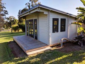 Backyard Cabin Rural Retreat Airbnb Port Macquarie right