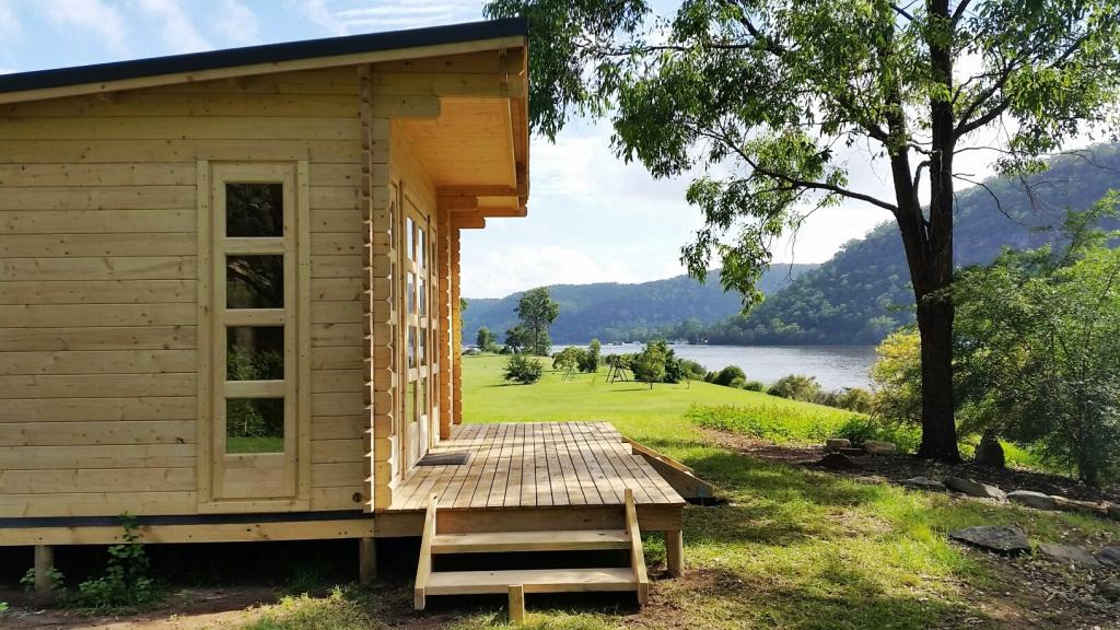 Backyard cabin Sicilia, lake