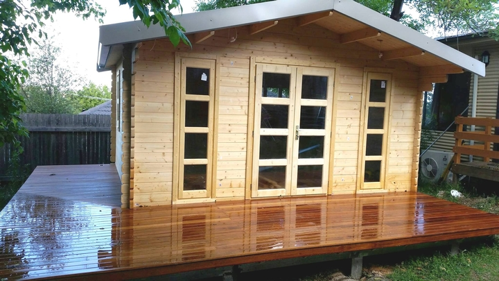 Bakcyard Cabin Corsica built in Armidale NSW 15-11-2017
