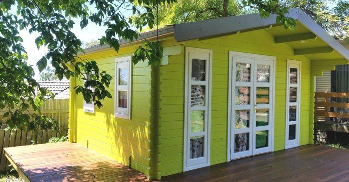 Backyard Cabin Corsica painted Armidale NSW 15-11-2017