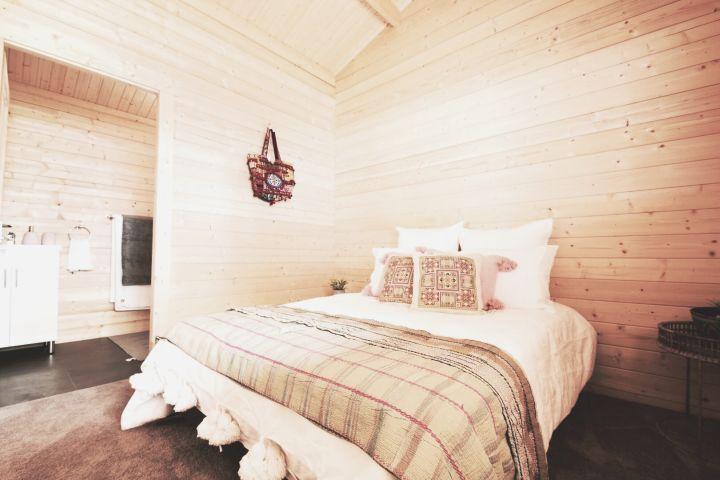Granny flat Cyprus bedroom and bathroom